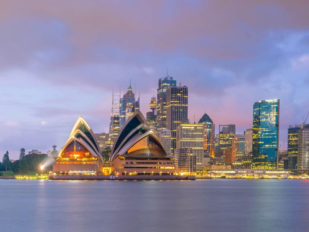 ASX 200 gives tick of approval to fiscal stimulus extensions by Michael McKenna