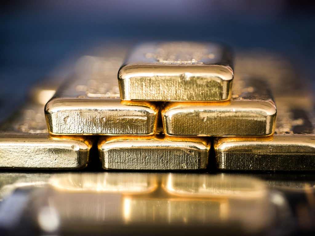 Gold tests support on dollar turnaround by Michael McKenna